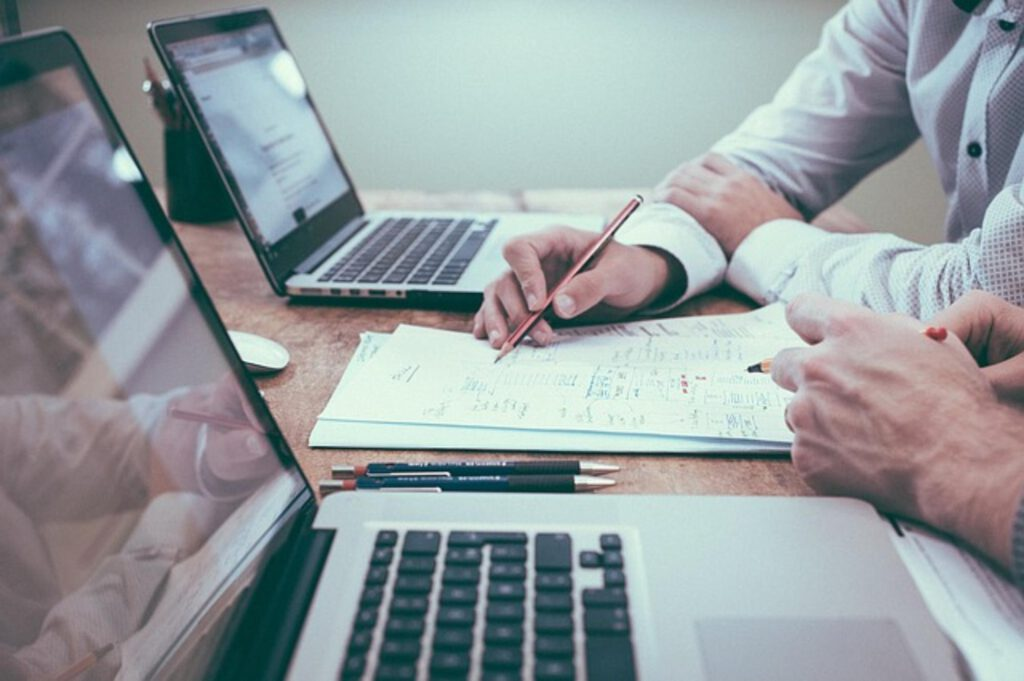 W jaki sposób kontrolować dostęp w swojej firmie?